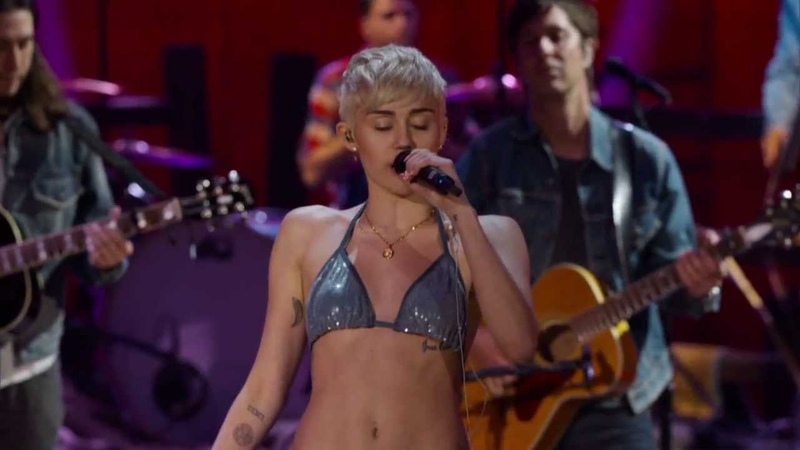 Miley Cyrus MTV Unplugged - Why'd You Only Call Me When You're High Live Uncensored