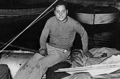 Ален Бомбар: раскачиваясь на волнах под жалобные крики чаек Однажды в госпиталь Булони доставили 43 потерпевших кораблекрушение моряков. К сожалению, ни один из них не выжил и один из врачей