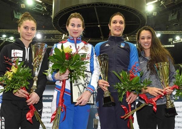 Инна Дериглазова завоевала золото на этапе Кубка мира по фехтованию