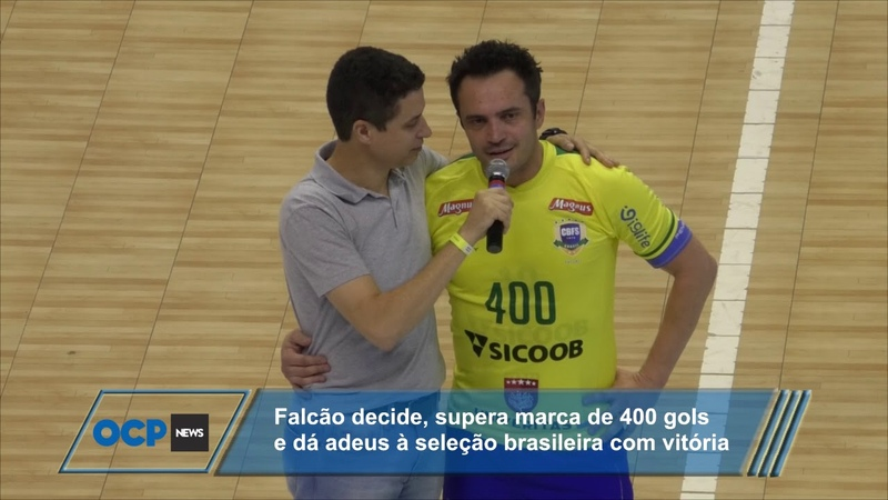 Falcão se aposenta em grande estilo da seleção brasileira de fustal