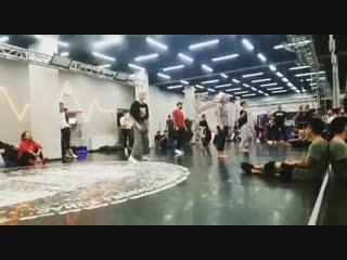МК шоу «Танцы на ТНТ» под песню Ram Chahe Leela