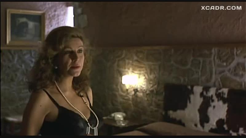 Секс Стефании Сандрелли с тореадором – Ветчина ветчина (1992) XCADR.COM.mp4