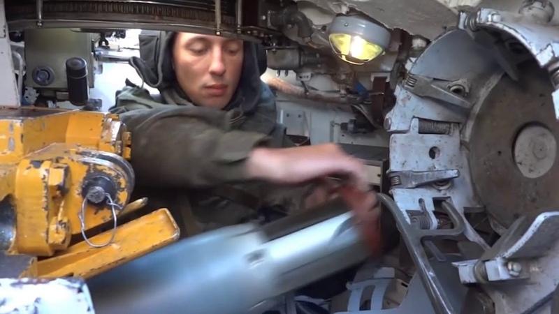 Танкисты Тихоокеанского флота на Камчатке провели боевую стрельбу со сложной мишенной обстановкой