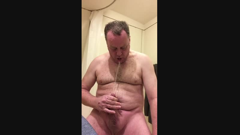 Jeff piss in face