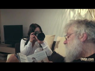 Emily Brix - Desire For Old Model (2018) #Oldman & #Young #girl