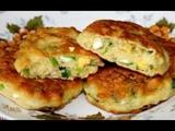 Ленивые пирожки с луком и яйцом или оладьи с начинкой! Вкусный завтрак за 10 минут.