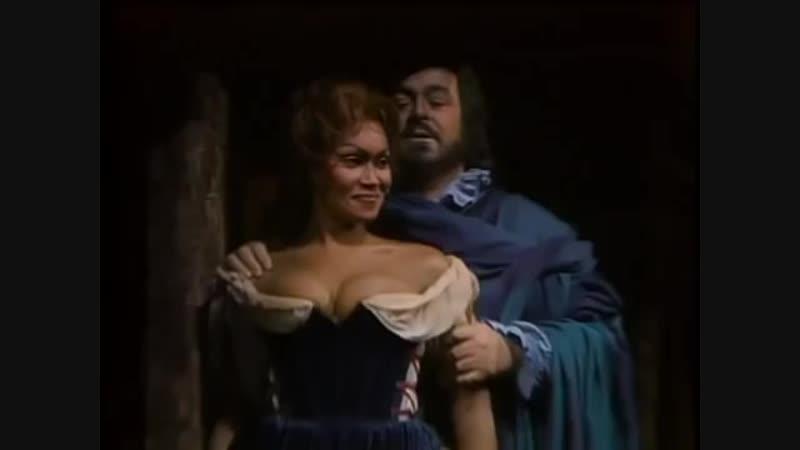 Bella Figlia DellAmore - Sutherland and Pavarotti - Rigoletto - Verdi