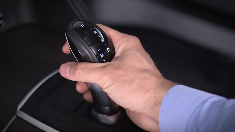 Gear Selector - How to use the shifter for transmission control _ 2018 Stelvio _