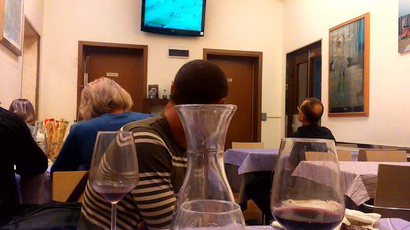 Пиццерия Ровенна футбол,калорит.Италия.Рогаццио