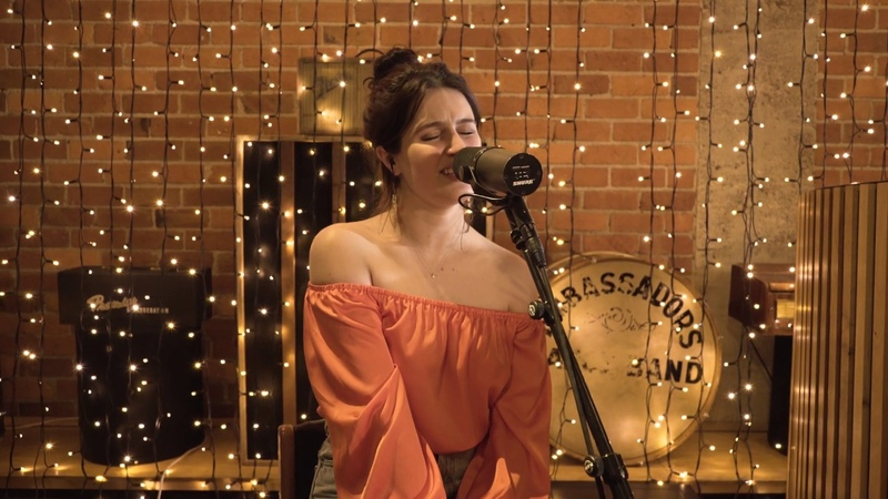 High off You - alayna live at Roundhead Studios