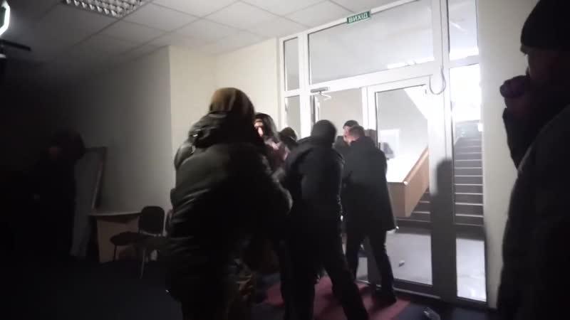 В Днепропетровске вспыхнули массовые беспорядки