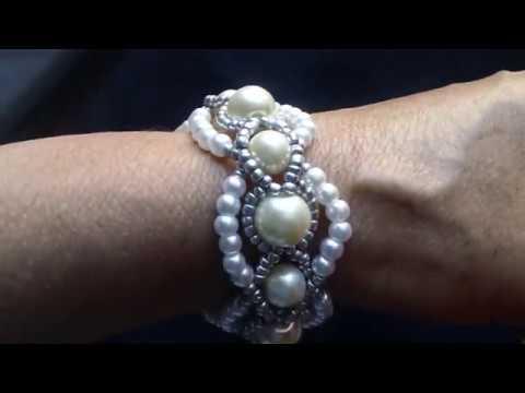 Brazalete de perlas antonieta