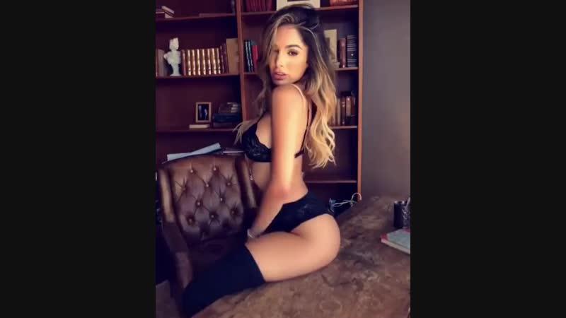 Сексуальная кошечка порно секс эротика попка booty anal анал сиськи boo