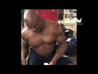 Ronnie Coleman Surgery After Surgery (HIS 10TH SURGERY)