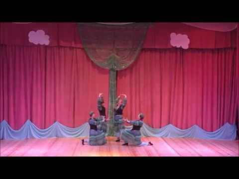Группа Яшма студии восточного танца Гюльчатай - Узбекский танец