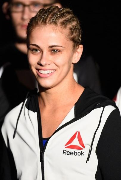 sport Пейдж Ванзант. Пейдж Мишель Слеттен (родилась 26 марта 1994 года в США, в штате Орегон) - американская спортсменка наилегчайшего веса в боях «UFC». Биография. Детство и юность.