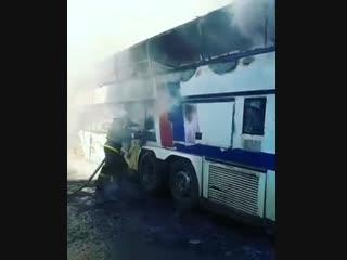 В Махачкале сгорел автобус