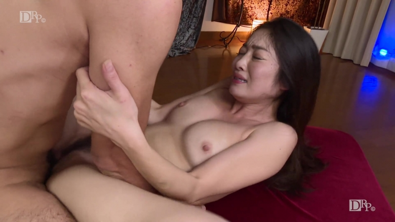 1pondo 040518 667 Ryu Eba Beautiful Girl Blowjob Cowgirl Creampie Cunnilingus Doggy Style Handjob Uncensored