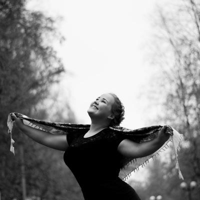 Анна Махотина