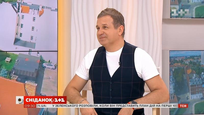 Ведучий Голосу країни Юрій Горбунов розповів, як учасники готуються до прямих ефірів ГолосКраїни