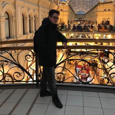 Данил Михайлов