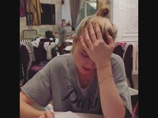 Полина Гагарина учит китайский язык, чтобы исполнить на нем песню «Катюша»