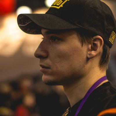 Дмитрий Пустоваров