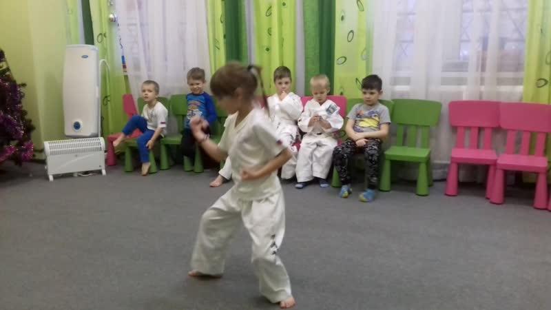 Графшина Ксения ,6 лет.Туль Чон- Джи, тхэквондо итф