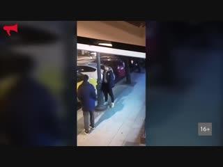 Игрок молодёжной команды «Адмирала» справил нужду на улице Владивостока