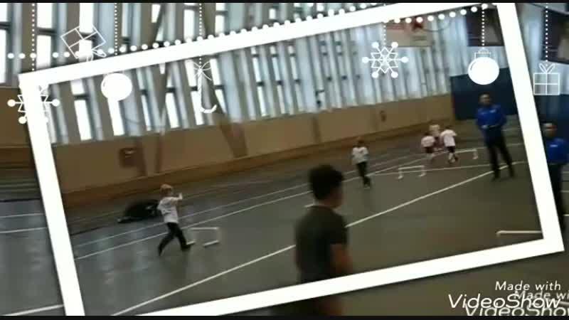 На Старт! Внимание! Ёлки! 🎄 Спортивно-танцевальный корпоративчик 😀 в DANCE HOUSE 💃🕺 и в нашей школе бега Звёздочка 👟. У нас уж