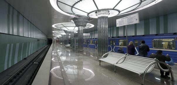 Интерьер станции «Стрелка»