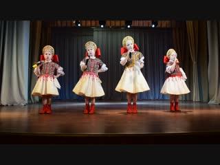 Вокальный коллектив народной песни