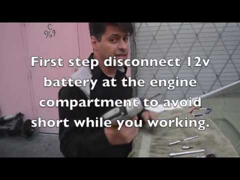 How to remove a 2007 Honda Civic Hybrid Battery.