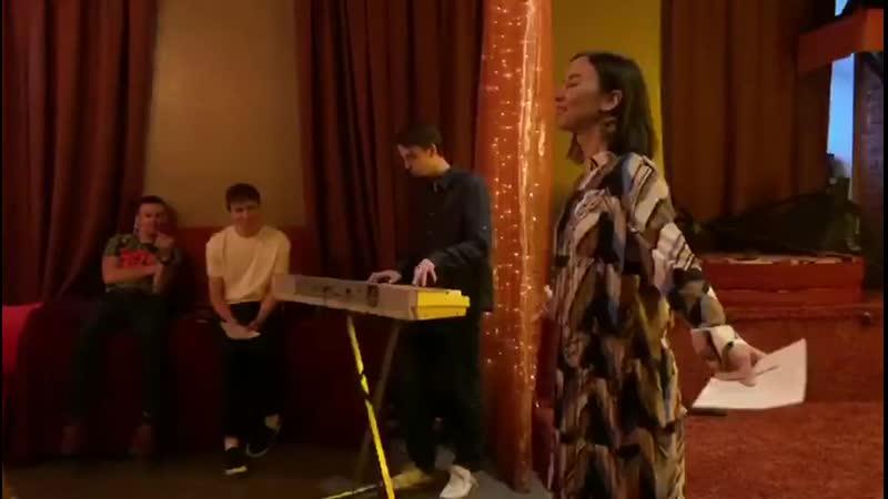 Костя Гафнер и Милена Райт стихи и диалог в Петербурге отрывок 8