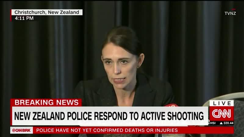 Премьер-министр англоязычно играет ртом. Новая Зеландия, 15 марта 2019-го.