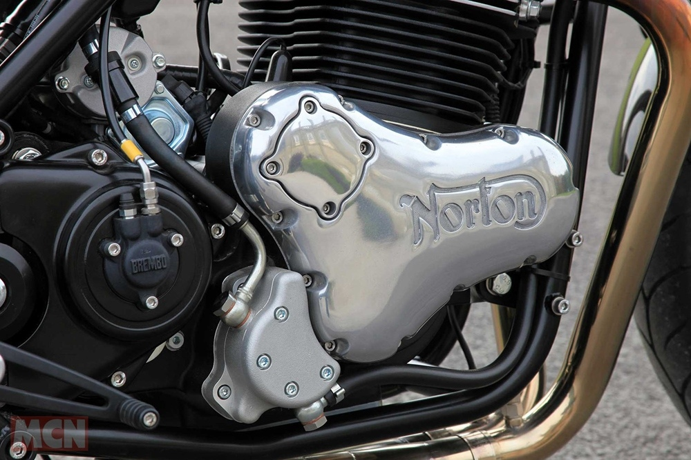 Мотоцикл Norton Commando 961 Street 2019