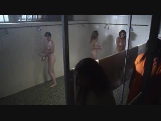 Лесбиянки заставляют девушку лизать пизду в тюрьме (секс в женской тюрьме, лежи сука пизду, заставили делать куни)