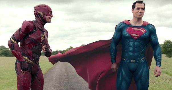 DC откладывают фильмы про Флэша и Супермена ради женских персонажей