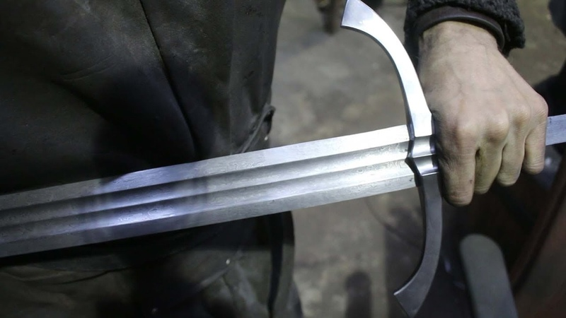 Forging a pattern welded Witcher 3 wolf sword, the complete movie.