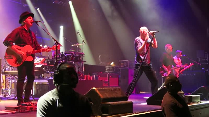 24. Midnight Oil - Forgotten Years (live at Olympia 25.07.17)
