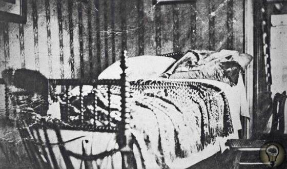 Лилли Линдесторм, 32-летняя разведенная жительница Стокгольма, жила в крошечной квартирке и зарабатывала на жизнь проституцией