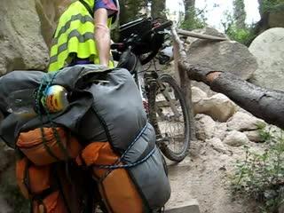 Велопоход по Турции.Олька провалилась с велосипедом в ступеньки на горе,снято случайно,по факту