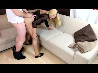 Daynia gets fucked in shiny pantyhose