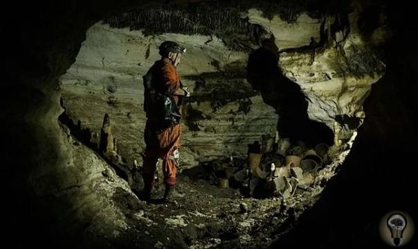 Пещера Бога-Ягуара майя, которая простояла нетронутой 1200 лет