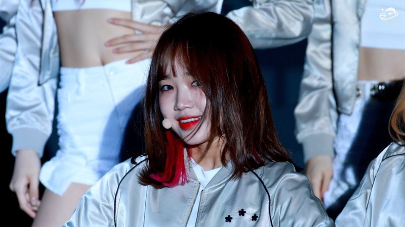 18 04 2019 WEKI MEKI CHOI YOOJUNG CRUSH 43RD GAYA CULTURE FESTIVAL