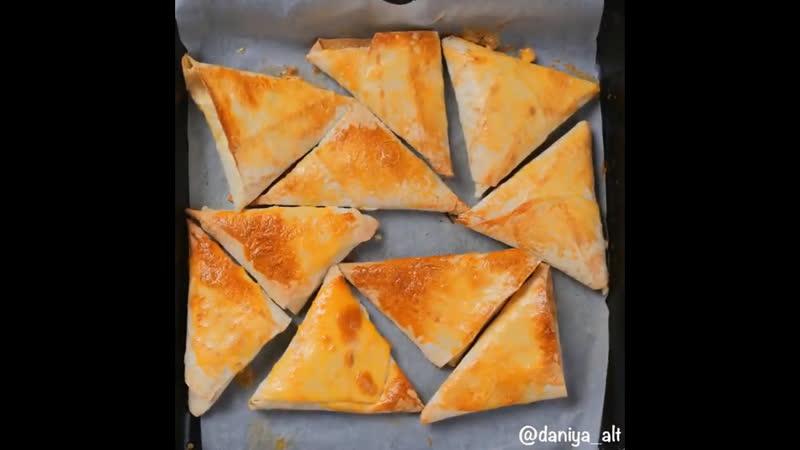 конвертики из лаваша с сыром и творогом 129388129472127834