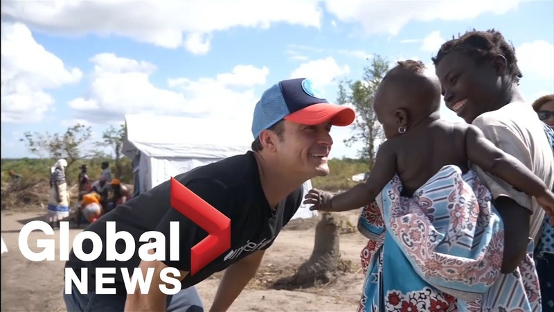 Actor Orlando Bloom visits Mozambique areas affected by cyclones