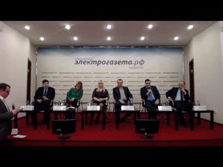 «Онлайн-линия» на тему: «Дачная амнистия: новый порядок строительства садовых домов»