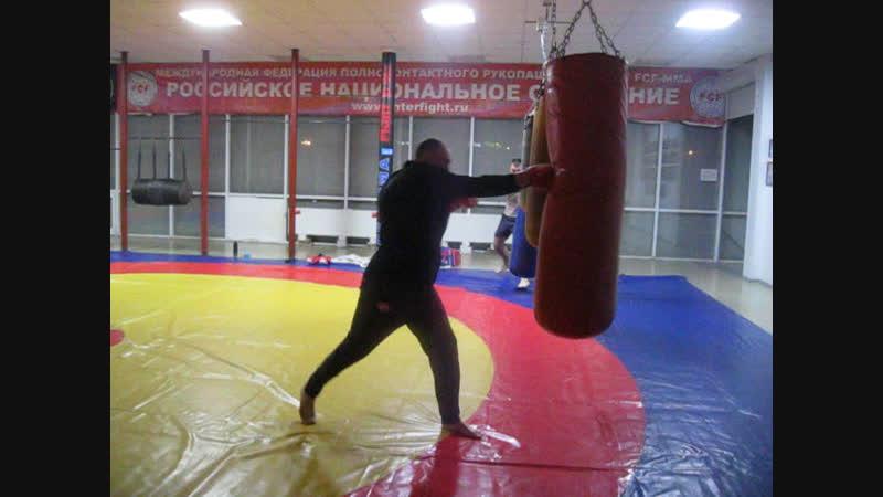 у нас на боксерской тренировке !
