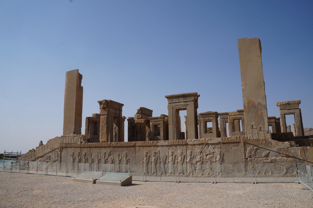 Персеполис - главная достопримечательность Ирана